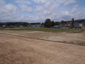 接待館跡(堤防上から)