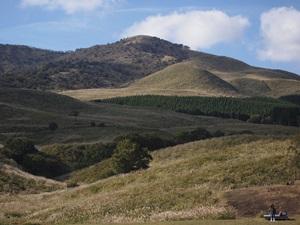 細野高原から見た三筋山